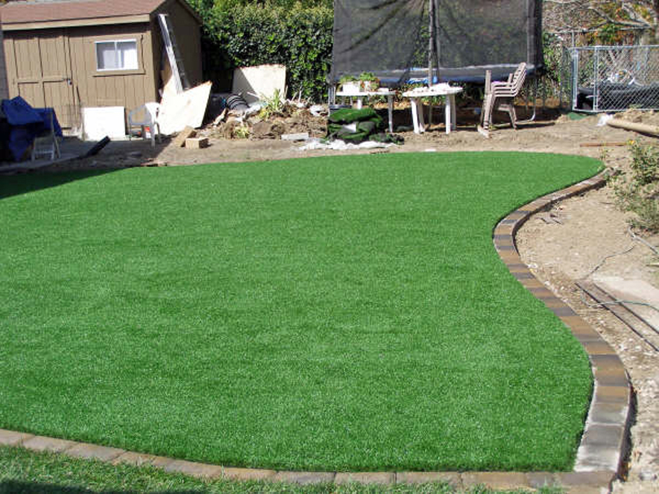 Artificial grass installation west valley city utah for Landscaping rocks nelson
