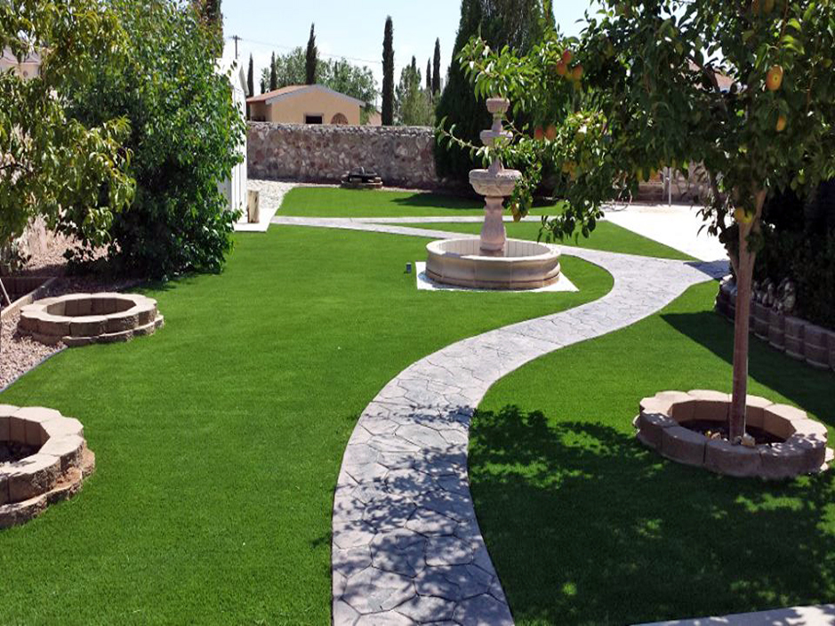 Grass Turf Kingston, Utah Paver Patio, Small Backyard Ideas on Artificial Turf Backyard Ideas id=83078